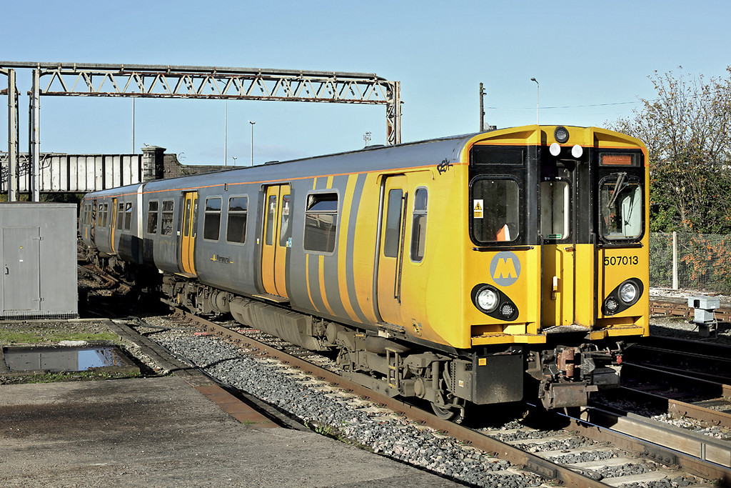 507013 Chester 7/11/2013<br /> 2C15 0945 Chester-Chester <br /> (via Liverpool Central)