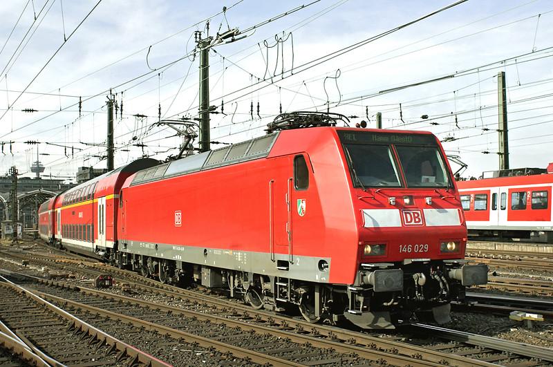 146029 Köln Hbf 6/3/2013<br /> RE10123 1151 Aachen Hbf-Hamm