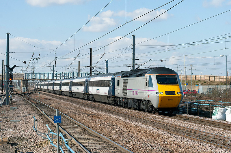 43306 and 43318, Peterborough 6/4/2013<br /> 1E15 0952 Aberdeen-London Kings Cross