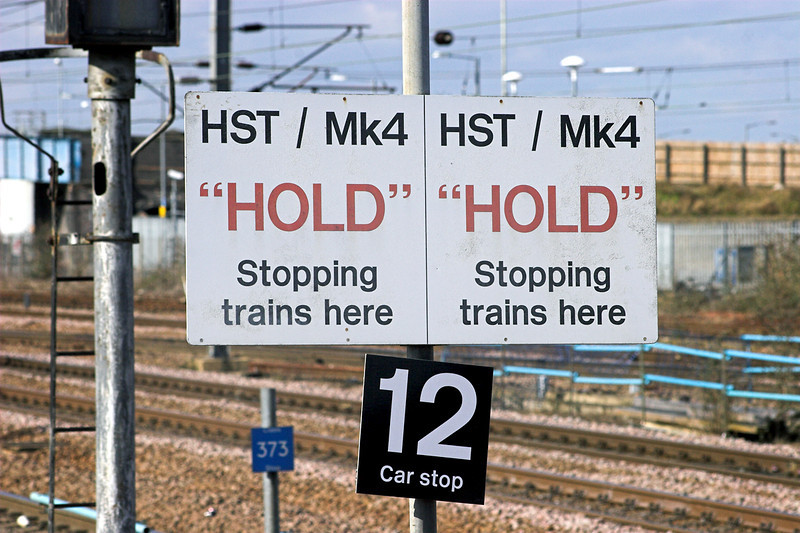 HST and Mk4 Stopping Sign, Peterborough 6/4/2013