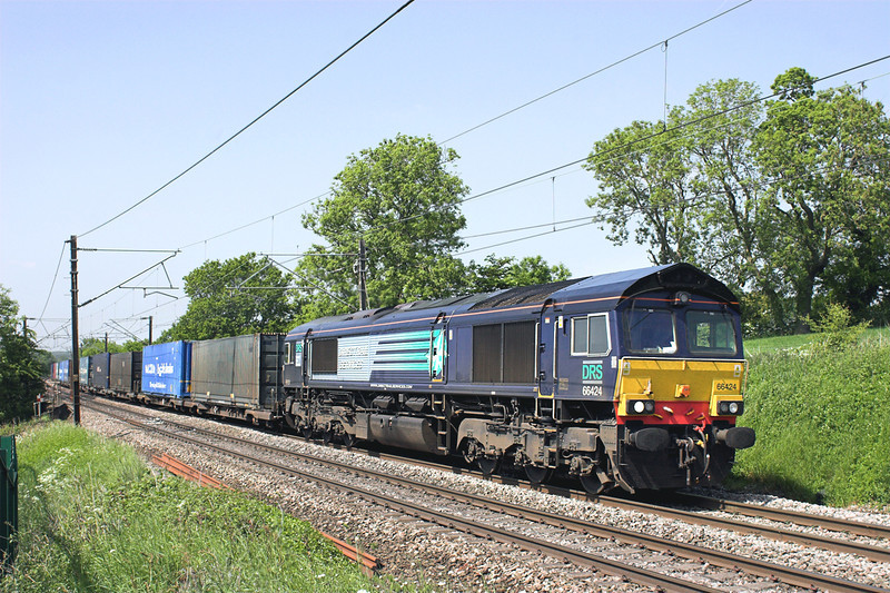 66424 Acton Bridge 6/6/2013<br /> 4M44 0847 Mossend Yard-Daventry