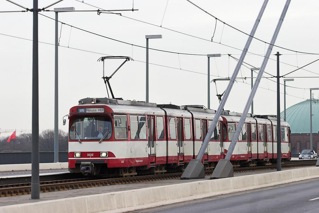 3222 and 3227, Oberkasseler Brücke 7/3/2013