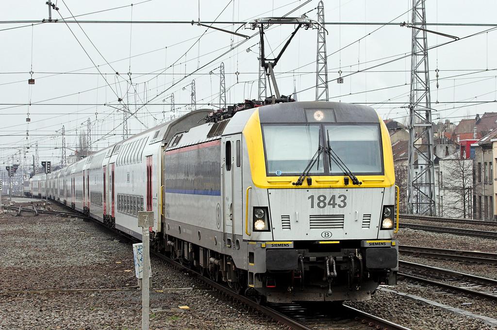 1843 and 1872, Bruxelles-Nord 7/3/2013<br /> IC1536 1339 Tongeren-Knokke/Blankenberge