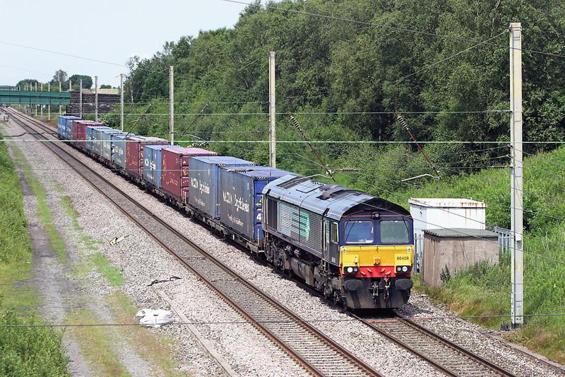 66428 Standish 8/7/2013<br /> 4M44 0847 Mossend-Daventry