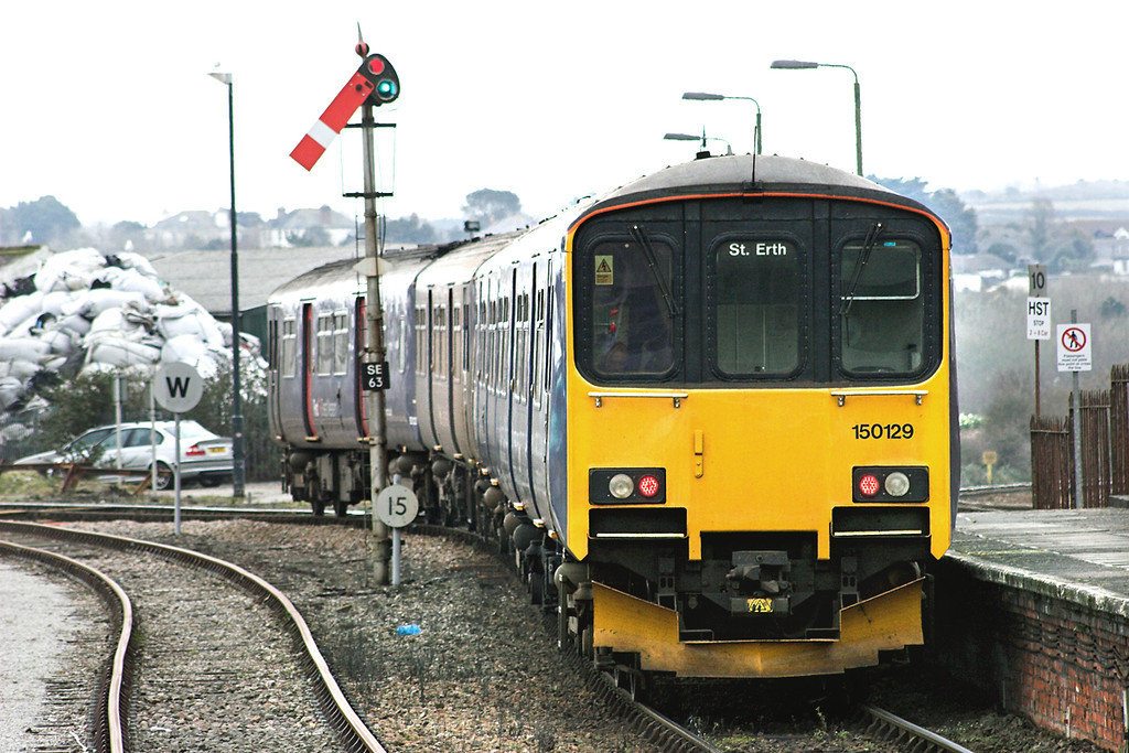 150129 and 150122, St Erth 9/4/2013<br /> 2A19 1218 St Erth-St Ives