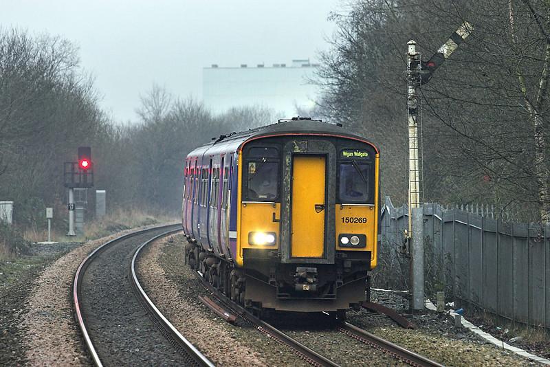 150269 Castleton 10/1/2013<br /> 2F83 1404 Rochdale-Wigan Wallgate