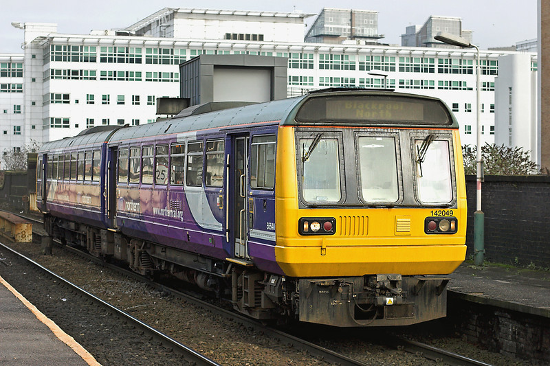 142049 Salford Central 10/1/2013<br /> 2N97 1322 Manchester Victoria-Blackpool North