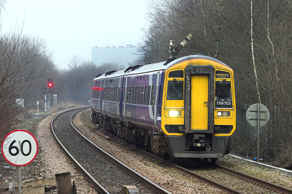 158753 Castleton 10/1/2013<br /> 2M30 1237 Leeds-Manchester Victoria