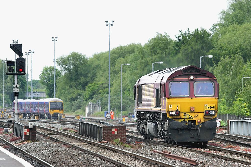 66081 Oxford 10/6/2013<br /> 0O12 1130 Rotherham Steel Terminal-Eastleigh Yard