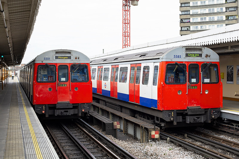 Circle Line 5585 and Hammersmith & City Line 5501, Latimer Road 10/8/2013
