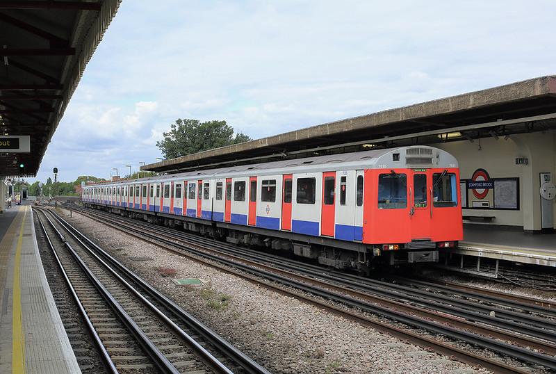 District Line 7055, Stamford Brook 10/8/2013