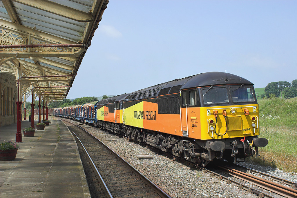 56105 and 56087, Hellifield 11/7/2013<br /> 6J37 1037 Carlisle Yard-Chirk