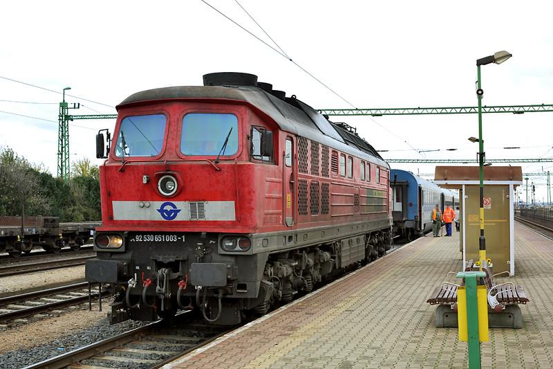 651003 Csorna 16/10/2013<br /> IC915 1300 Szombathely-Budapest Keleti