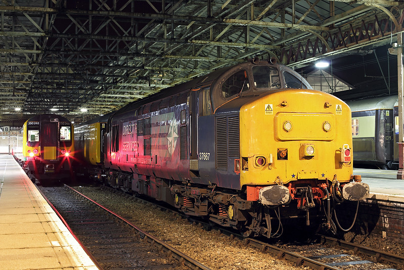 37667 and 350248, Crewe 30/11/2013