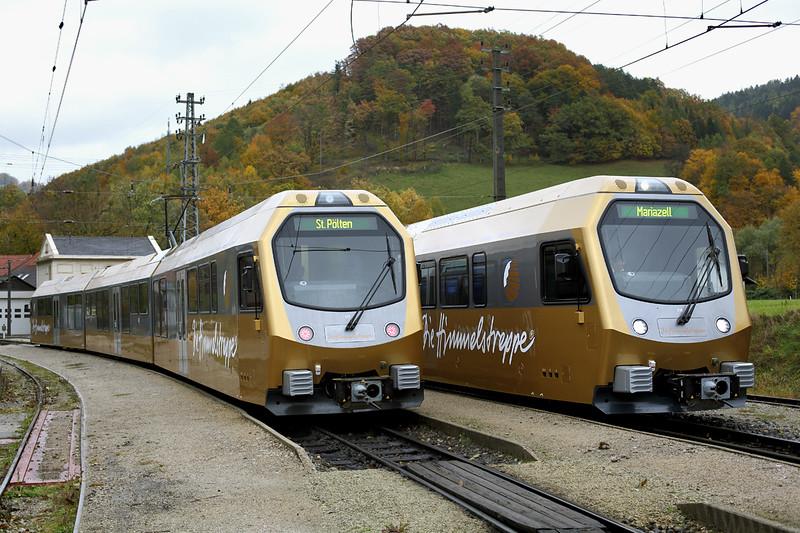 ET6 and ET4, Kirchberg a.d. Pielach 17/10/2013<br /> ET6: P6809 1035 St Pölten Hbf-Mariazell<br /> ET4: P6832 1109 Frankenfels-St Pölten Hbf