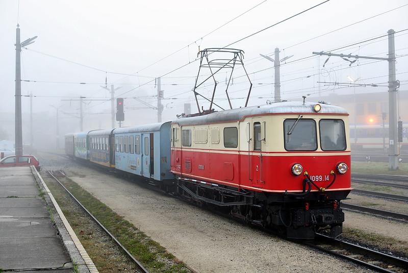 1099 014 St Pölten Alpenbahnhof 17/10/2013<br /> P6805 0730 St Pölten Hbf-Mariazell