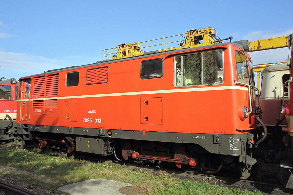 2095 013 St Pölten Alpenbahnhof 17/10/2013