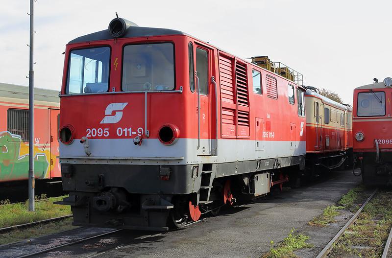 2095 011 St Pölten Alpenbahnhof 17/10/2013