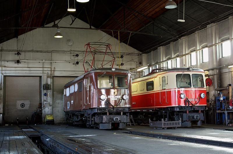 1099 013 and 1099 014, St Pölten Alpenbahnhof 17/10/2013