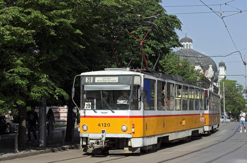 4120 and 4122, Sofia 18/5/2013
