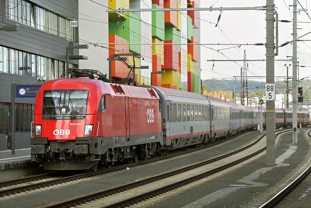 1016 135 Salzburg Hbf 18/10/2013<br /> EC112 1027 Klagenfurt Hbf-Frankfurt (Main) Hbf