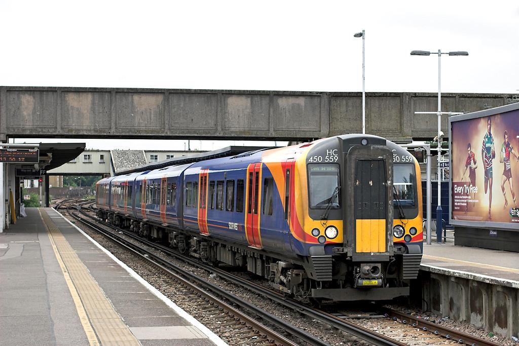 450559 Twickenham 21/6/2013<br /> 2V33 1307 London Waterloo-London Waterloo <br /> (via Hounslow and Richmond)