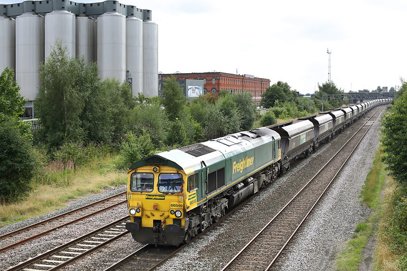 66549 Burton-on-Trent 22/8/2013<br /> 4E72 1215 Rugeley PS-Doncaster Down Decoy