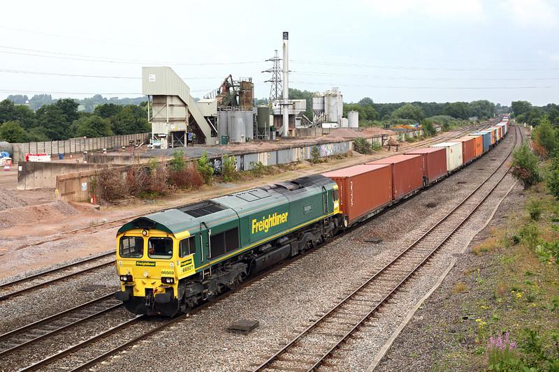 66503 Banbury 23/7/2013<br /> 4O54 0613 Leeds FLT-Southampton MT