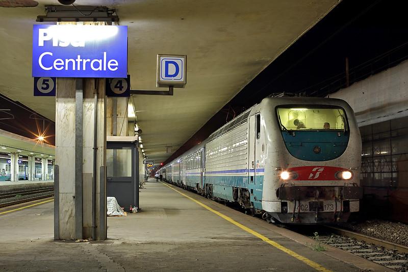 E402-173 Pisa Centrale 23/9/2013<br /> ICN785 2005 Milano Centrale-Siracusa