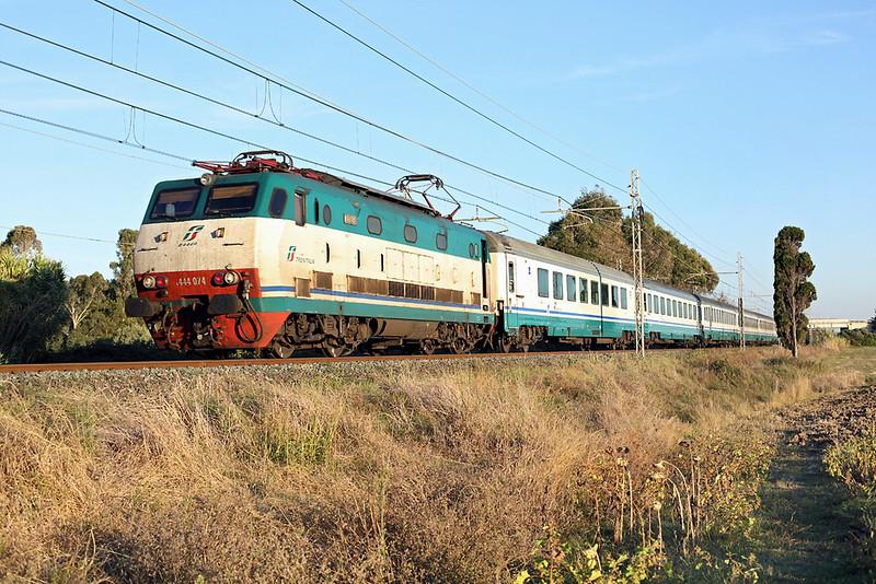 E444-074 Vada 23/9/2013<br /> IC518 1540 Roma Termini-Ventimiglia