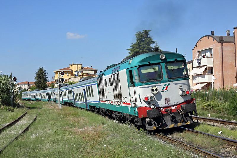 D445-1089 Certaldo 24/9/2013<br /> R11764 1318 Siena-Firenze SMN