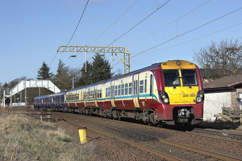 334005 and 334029, Cardross 25/2/2013<br /> 2H36 1240 Helensburgh Central-Edinburgh