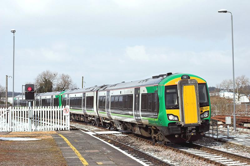 172221 and 172215, Stratford-upon-Avon 25/3/2013<br /> 2S42 1255 Stourbridge Junction-Stratford upon Avon