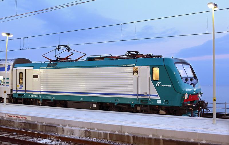E464-650 Corniglia 26/9/2013<br /> R24476 1918 La Spezia Centrale-Sestri Levante