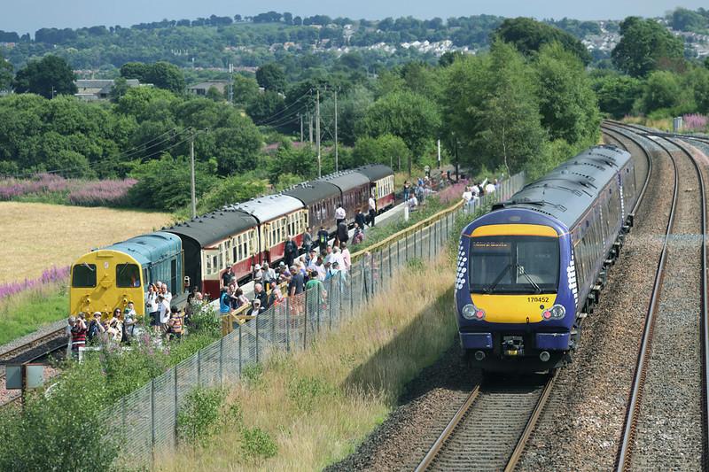 170452 and 20020 Whitecross / Manuel Junction 27/7/2013<br /> 170452: 1R40 1415 Glasgow Queen Street-Edinburgh<br /> 20020: 1410 Bo'ness-Manuel