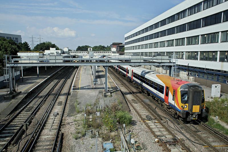 444038 Southampton Central 27/8/2013<br /> 1W12 1003 Weymouth-London Waterloo