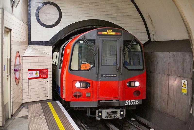 Northern Line 51526, Waterloo 27/8/2013