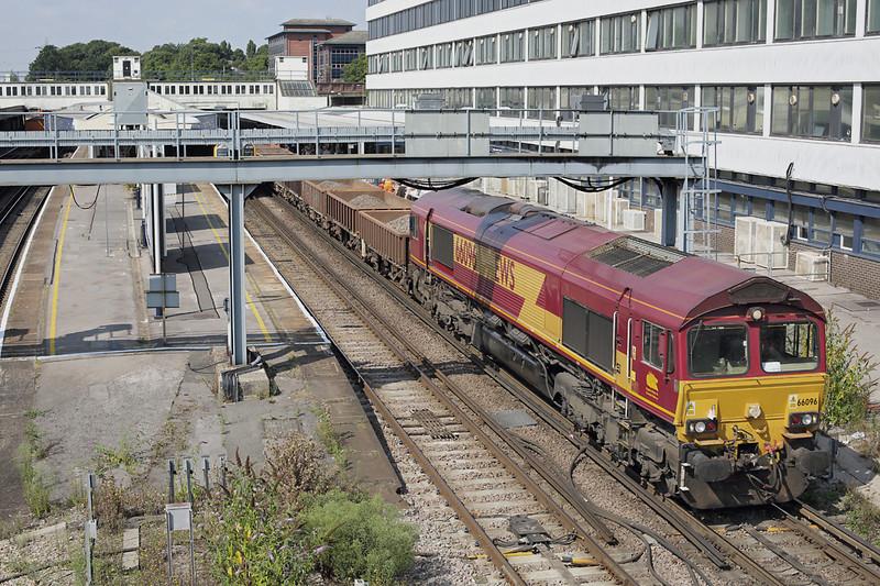 66096 Southampton Central 27/8/2013<br /> 6O41 1014 Westbury Yard-Eastleigh Yard