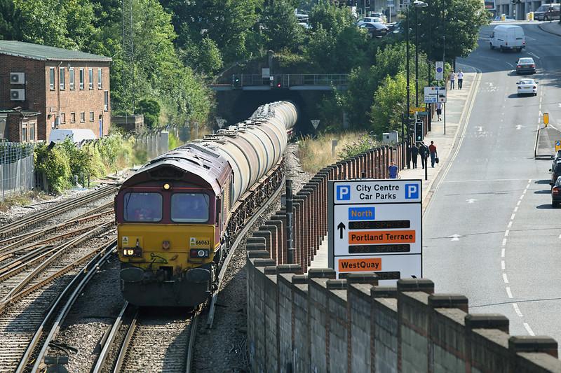 66063 Southampton Central 27/8/2013<br /> 6V62 0913 Fawley-Bristol St Philips Marsh