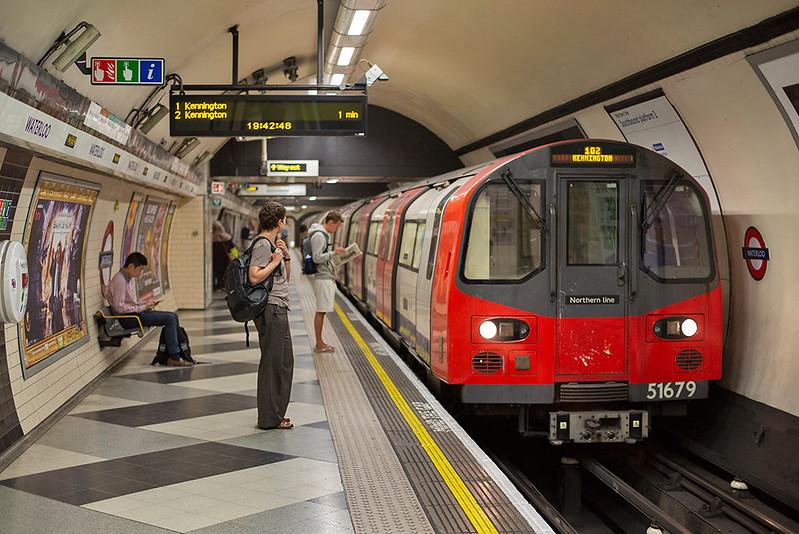 Northern Line 51679, Waterloo 27/8/2013
