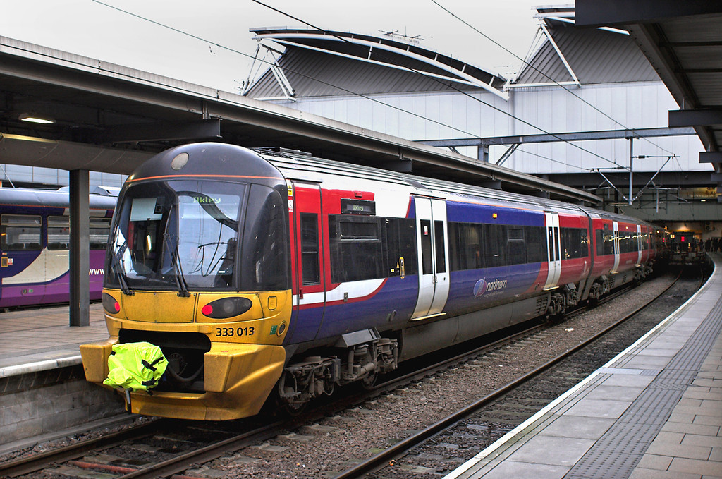 333013 Leeds 29/1/2013<br /> 2V16 0902 Leeds-Ilkley