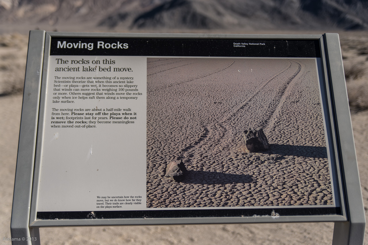 Racetrack Playa's moving rocks ... at least what it's supposed to look like...