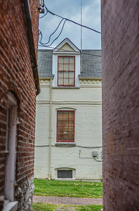 Building at end of alley (St. Charles)