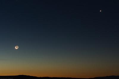 Moon and Venus at dawn