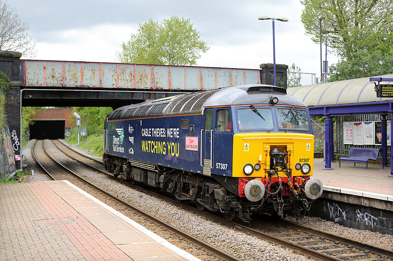 57307 Drayton Green 2/5/2014<br /> 0Z60 1219 South Ruislip-London Euston Up CS