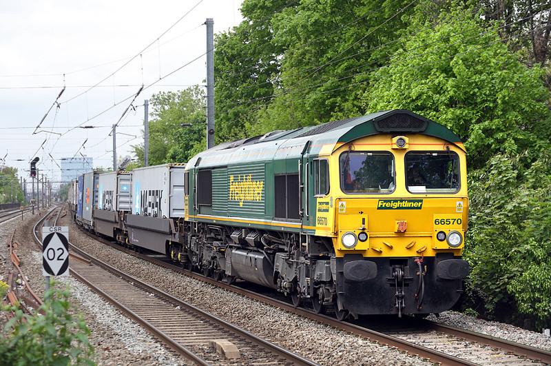 66570 Hanwell 2/5/2014<br /> 4L31 0903 Bristol FLT-Felixstowe FLT