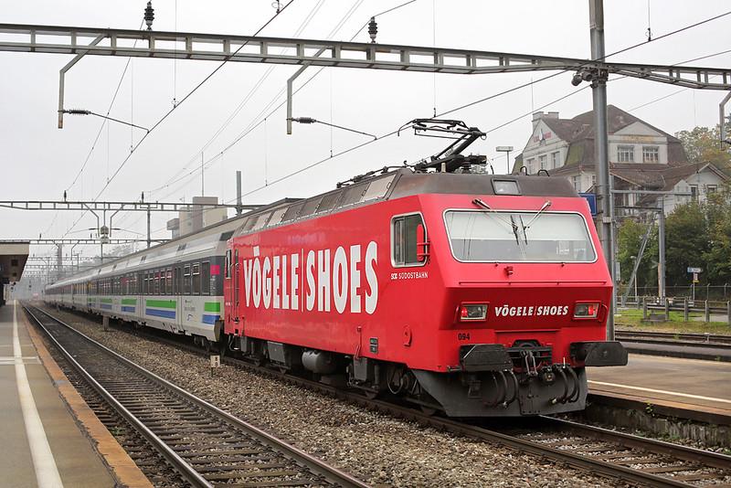 456094 Arth-Goldau 3/10/2014<br /> VAE2417 0840 Luzern-St Gallen