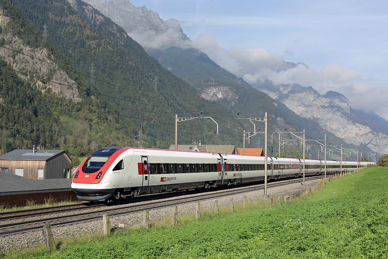 500012 Öfibach 3/10/2014<br /> ICN672 0912 Lugano-Basel SBB