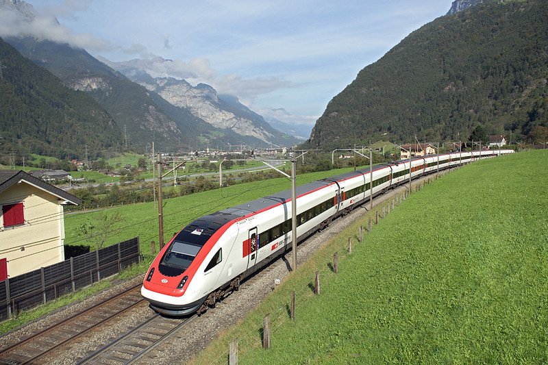 500008 Buchholz 3/10/2014<br /> ICN604 0904 Basel SBB-Lugano