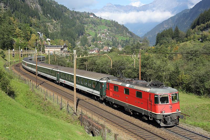 11193 Gurtnellen 3/10/2014<br /> IR2173 1204 Basel SBB-Locarno